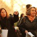 tourists ona Jerusalem scavenger hunt