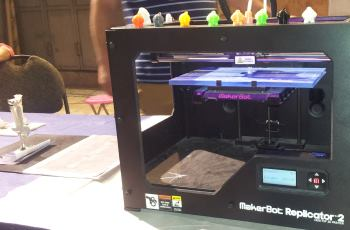 3-D printer Jerusalem arts and craft fair