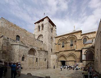 entance to Holy Sepulchre in Jerusalem